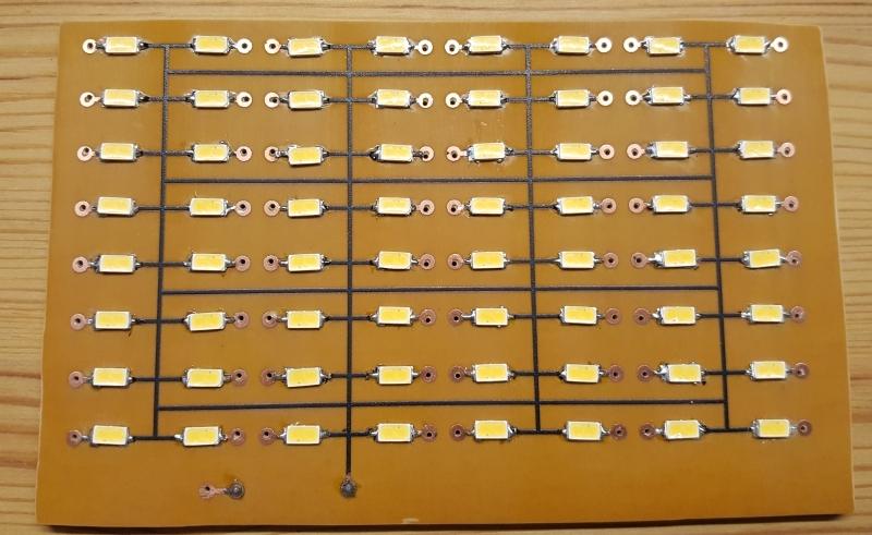 10 8x8 LED Matrix bestueckt.jpg